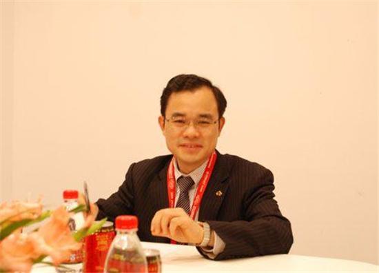 朱华荣(资料图片)