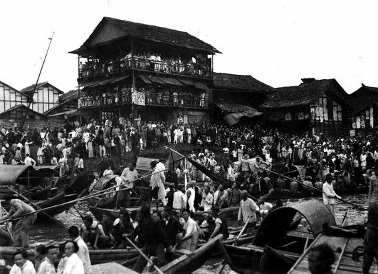 湖南媒体:刘强东寻祖的湘潭是移民生息的好地方