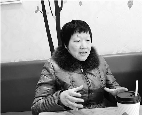月嫂李国勤在和钱报记者面对面。