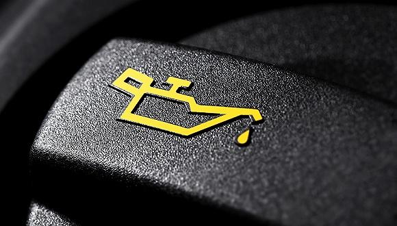 国内成品油价将迎跨年两连涨 预计汽柴上调140元/吨