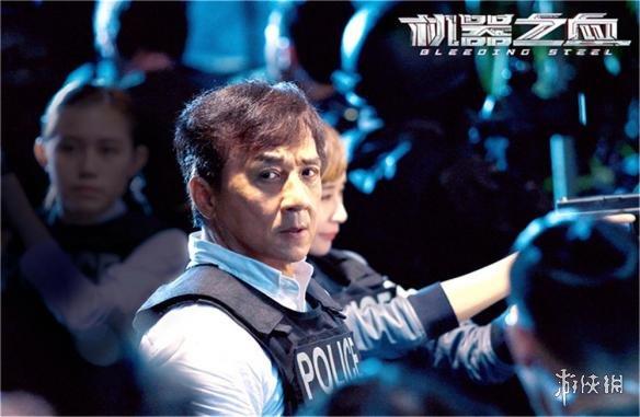 12月备受期待的国产影片《芳华》《妖猫传》一较