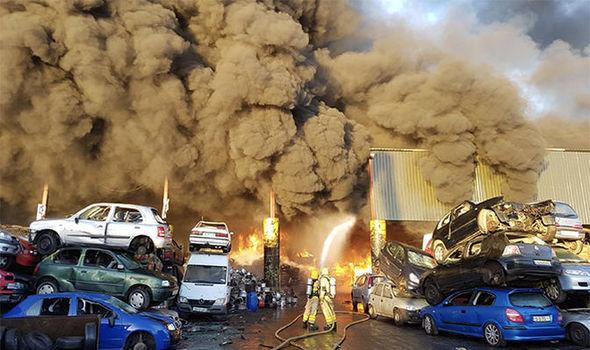 都柏林机场附近发生火灾 现场浓烟滚滚(图)