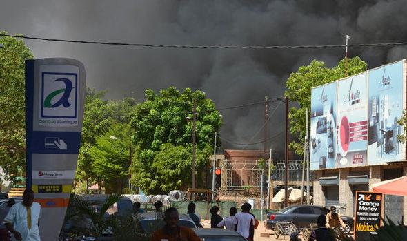布基纳法索爆炸案:4名伊斯兰极端分子被杀 其余或在逃