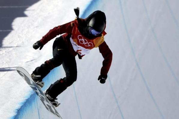 平昌冬奥中国首枚奖牌诞生 刘佳宇单板滑雪女子U型池摘银创历史