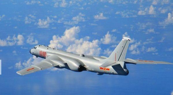 图为中国空军轰-6K轰炸机