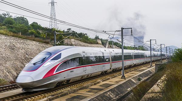 """""""复兴号""""列车 视觉中国 资料图"""