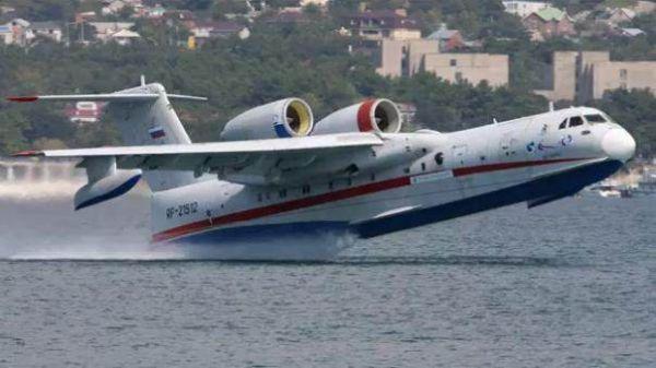 图为国产AG600大型水上飞机