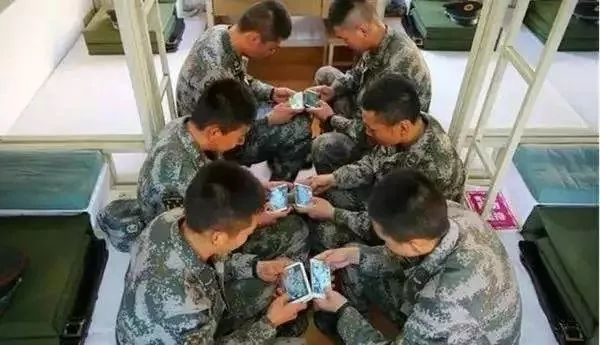 手机游戏进军营,到底该堵还是疏?