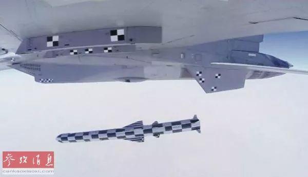 """▲印度空军苏-30MKI战机发射""""布拉莫斯""""导弹。(《印度快报》网站)"""