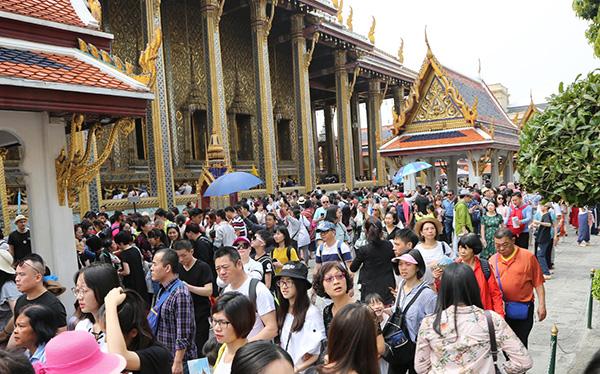在泰国旅游的游客们.东方IC 图