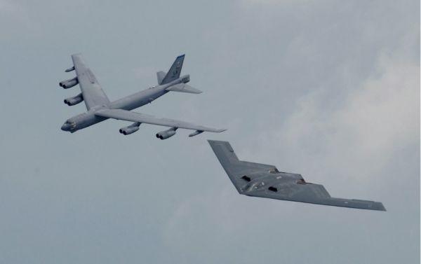 新巡航导弹将提高美国B-52和B-2轰炸机的效能(美国军事网站)