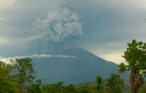 △图/巴厘岛阿贡火山喷发