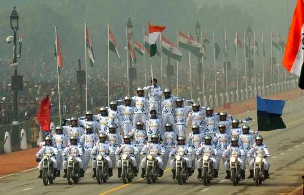 2016年1月26日,印度通信兵部队参加在新德里举行的共和国日阅兵仪式。