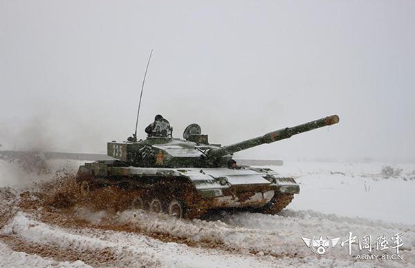 美媒称中国有最大现役坦克部队 网友:96式并非三代