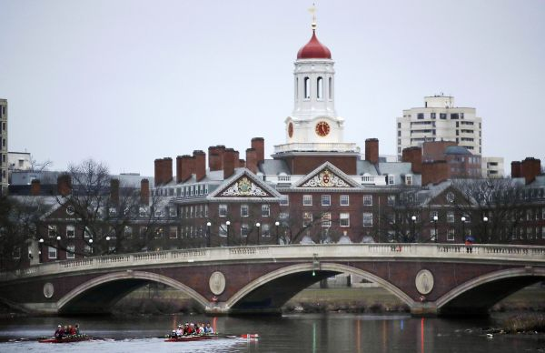 资料图片:2017年3月7日拍摄的美国马萨诸塞州剑桥市哈佛大学。新华社/美联