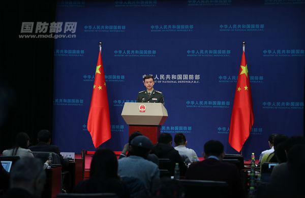 11月30日下午,国防部召开11月例行记者会。