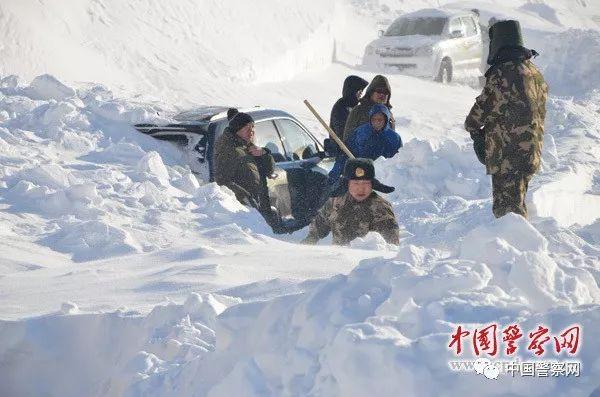 【难忘瞬间】边防线上的雪崩救援:那一刻我来不及感受寒冷只觉得暖心