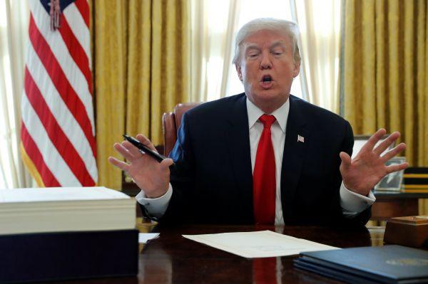 特朗普新年第一推猛批巴基斯坦 巴方召见美国大