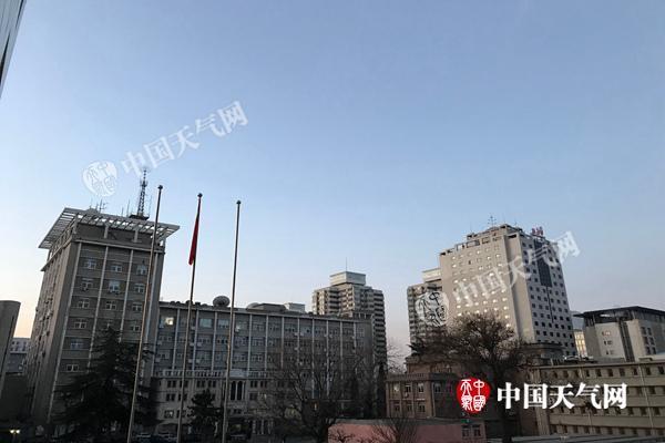 北京连续74天无有效降水 明夜局地或迎降