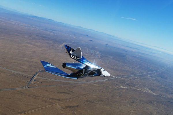 维珍银河的载人飞船VSS Unity完成跨音速滑翔试验