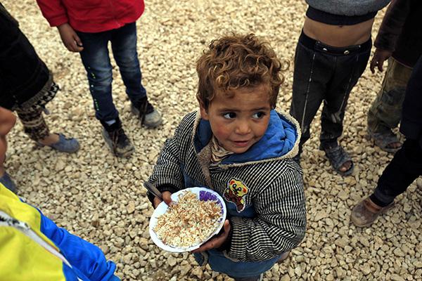 中国援助2764吨大米抵黎巴嫩 200户叙利亚难民领取