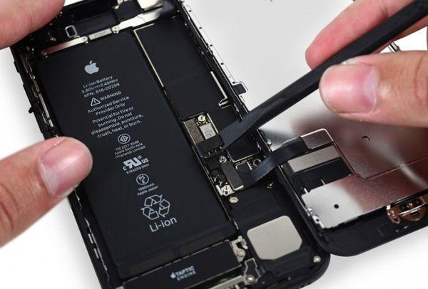 苹果因iPhone降频已至少面临12起集体诉讼