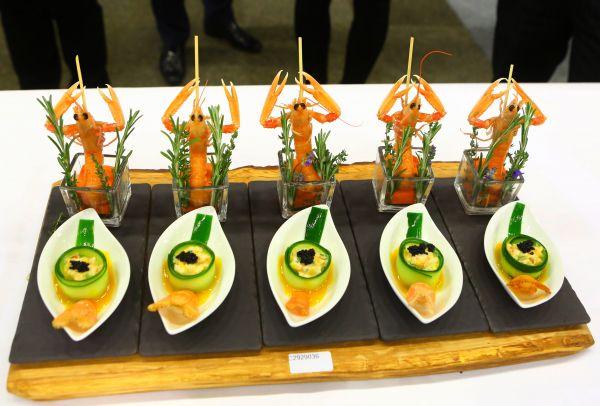 资料图片:一场中国烹饪世界大赛上的参赛美食。新华社记者龚兵摄