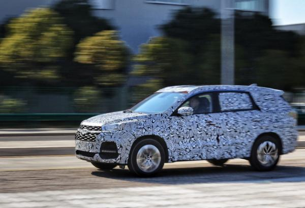 奇瑞首个7座SUV车型谍照曝光 或于2018年上半年上市