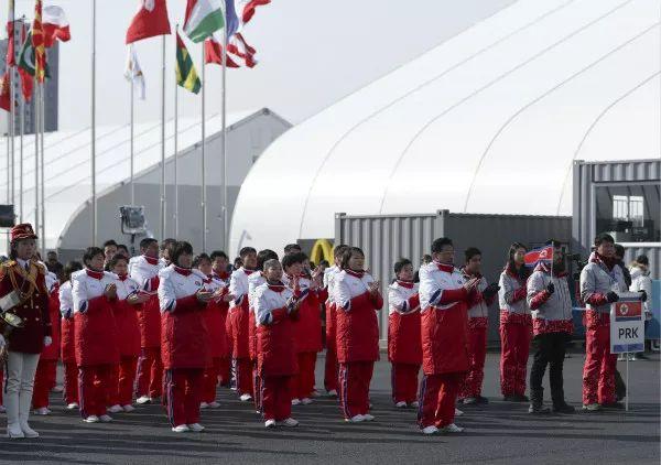 朝鲜运动员为何泪撒韩国奥运村?