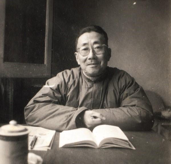樊明体(1915-1997)
