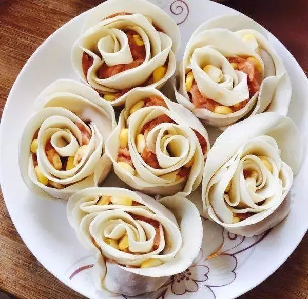 论颜值绝对不能少了玫瑰花饺.