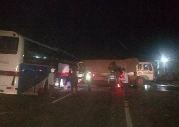 柬埔寨致命车祸造成20死伤 一名中国人受伤
