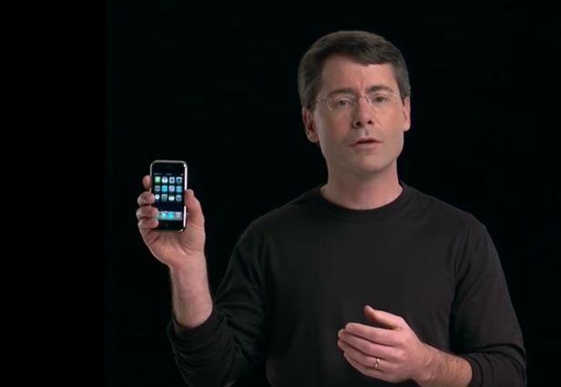 iPhone十年越狱史:玻璃屏幕和金属机身后的神奇