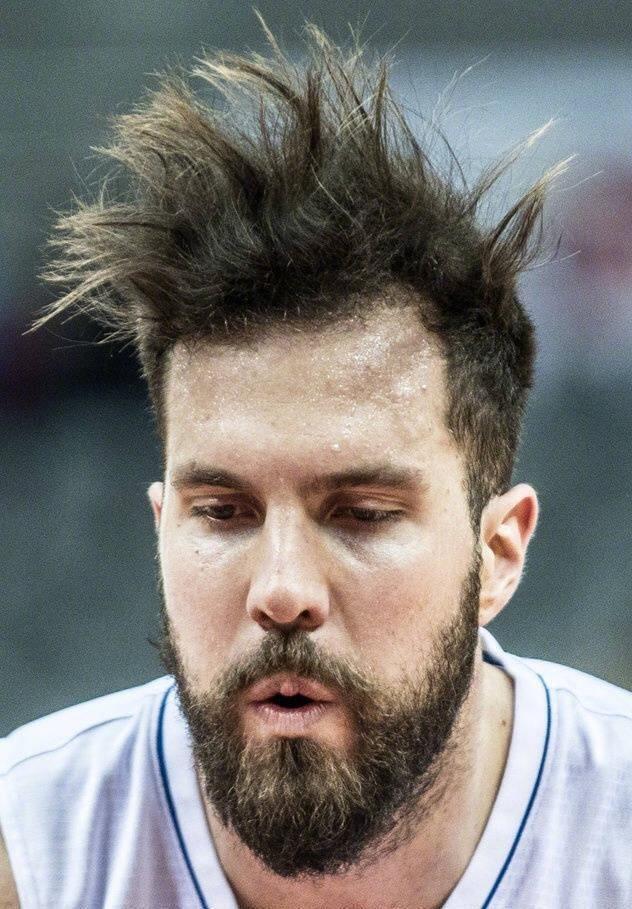 弗神你是被他的发型吓到了吗?图片