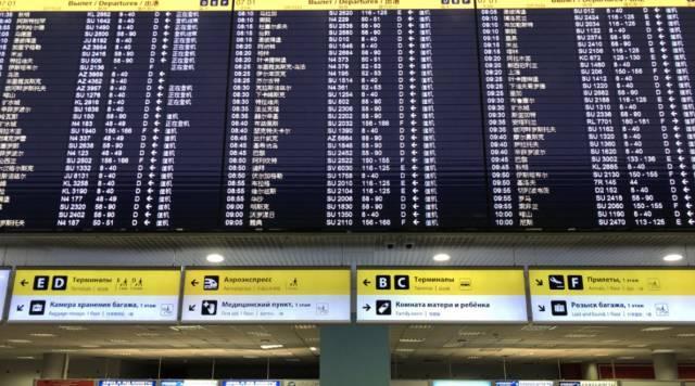 △莫斯科谢列梅捷沃国际机场显示屏上,中、俄、英三种语言交替显示,是不是有一种身在国内的错觉?