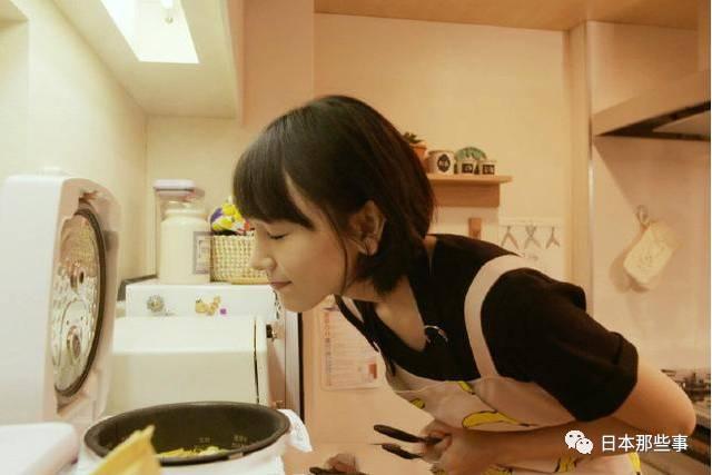 也曾经在综艺节目中亲自制作过冲绳美食哦!