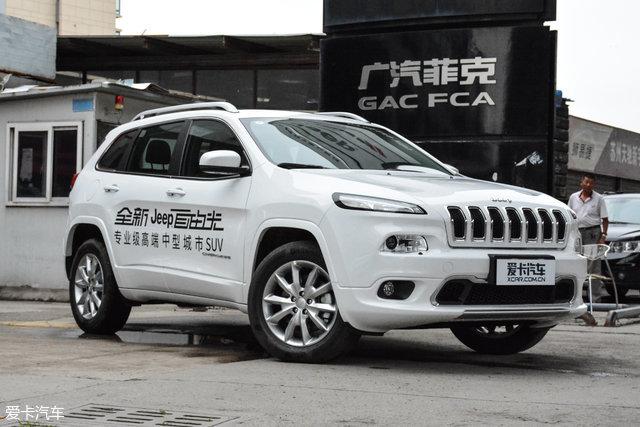爱卡X-擂台 Jeep自由光对比别克昂科威