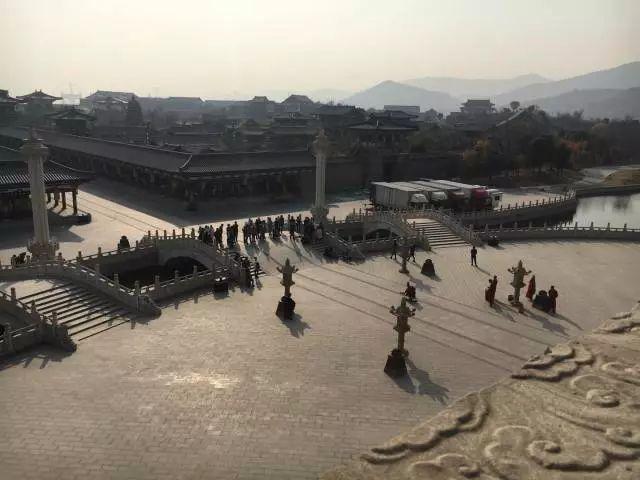 当天下午最大规模的一次游客聚集