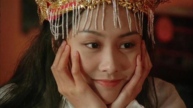 人人都说,朱茵之后,再无紫霞仙子.她一个wink,就击中了万千少男.