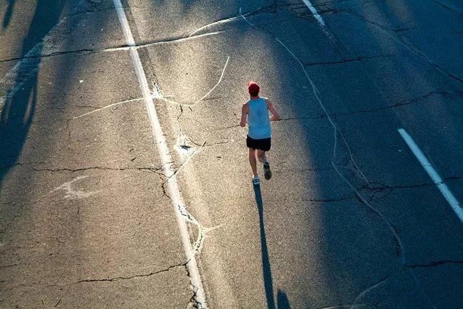每个坚持跑步的人都了不起!