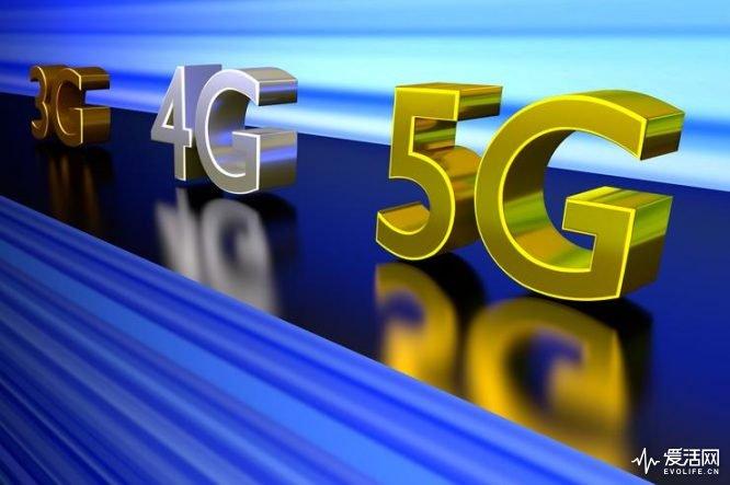 5G应该怎么玩 三星用它在火车上下载8K影片