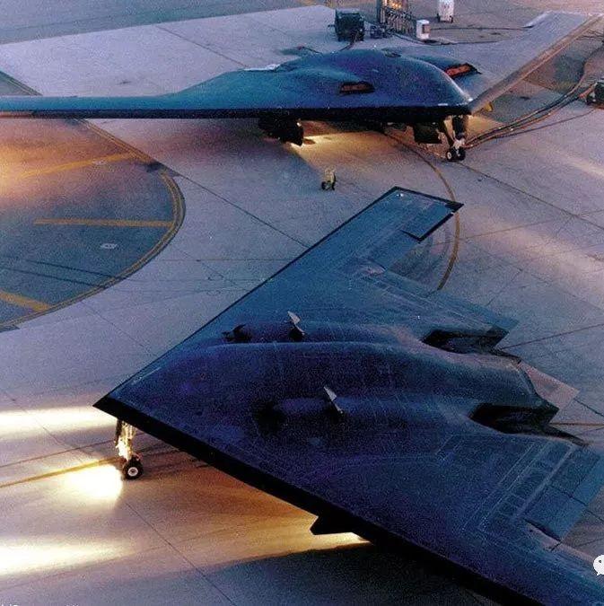 美战机刚起飞就坠毁 24亿美元打水漂