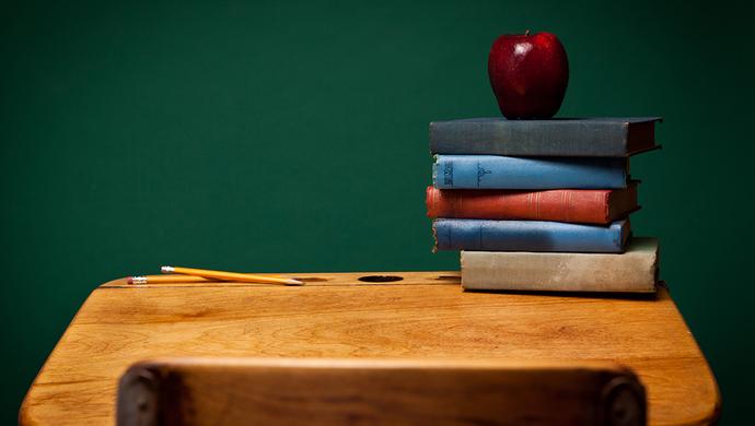 沪地方立法扩大和落实高校人员编制、职称评审