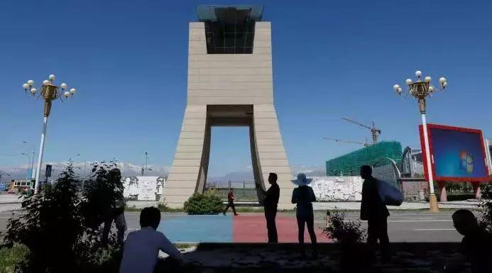 ▲中哈霍尔果斯国际边境合作中心(路透社)
