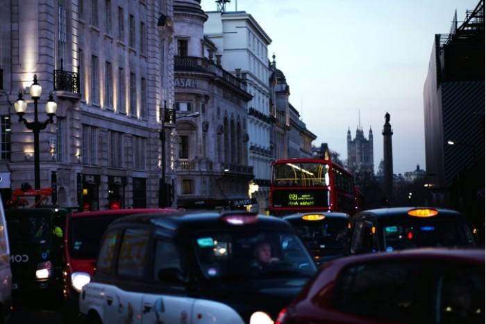 堵车原来这么贵 英国司机平均每人一年需耗费1168英镑