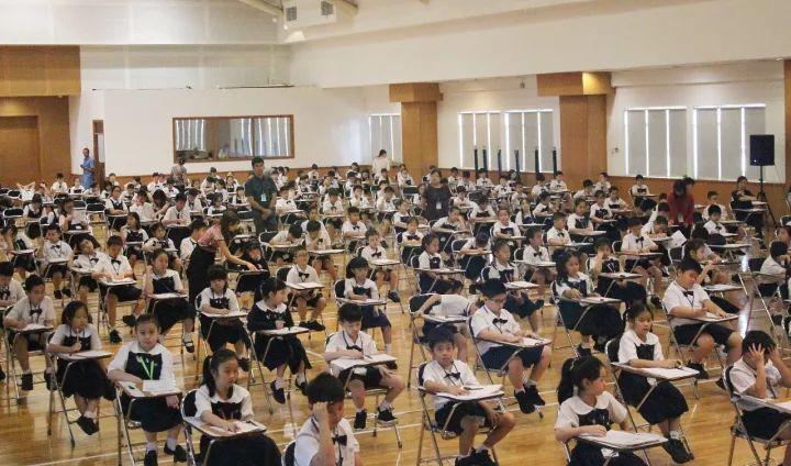 △印尼学生参加汉语考试