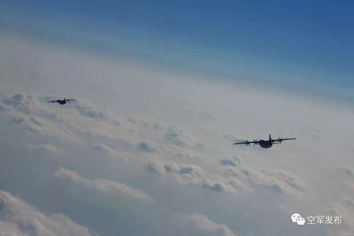 2016年9月,运-9飞机首次飞出国门,执行军事空运任务.