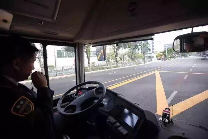 重磅 | 深圳无人驾驶公交开跑了!你敢来坐吗?