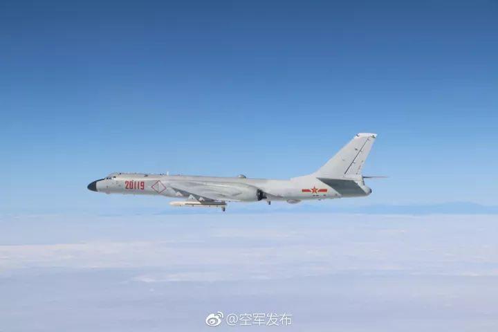 中国军机绕岛巡航 空军官微:巡什么岛大家说说看