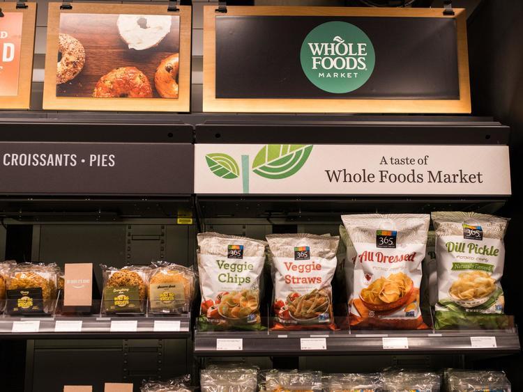 亚马逊收购 Whole Foods 之后,后者的大小变化分别是什么?